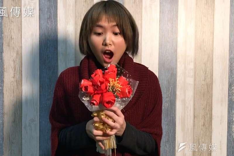 財運旺桃花旺!紅包袋變成情人節浪漫玫瑰送給親愛的她