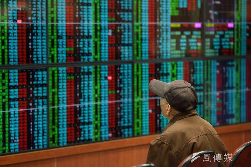 中資投入港股的交易金額,快要逼近台股,台股就要被邊緣化。(資料照,顏麟宇攝)
