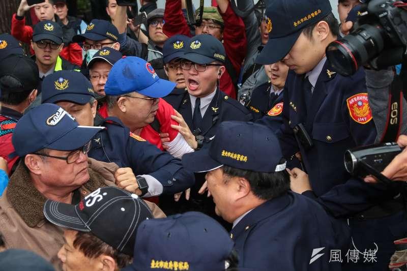 陳抗事件不斷,台北去年陳抗事件達2742件,創23年新高,也造成北市基層警員疲於奔命。(資料照,顏麟宇攝)