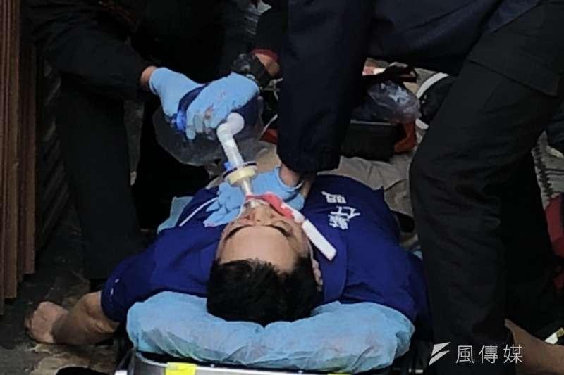 反年改團體今天上午闖進立法院,藍天行動聯盟祕書長高處墜落無呼吸。(讀者提供)