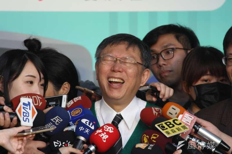 台北市長柯文哲1日上午出席北市交通局記者會。(方炳超攝)