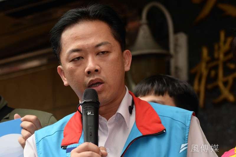 國民黨台北市議員參選人林冠勳22日晚間涉嫌酒駕肇事逃逸,還疑似讓助理頂罪,今天兩人遭警方移送偵辦。(資料照,甘岱民攝)