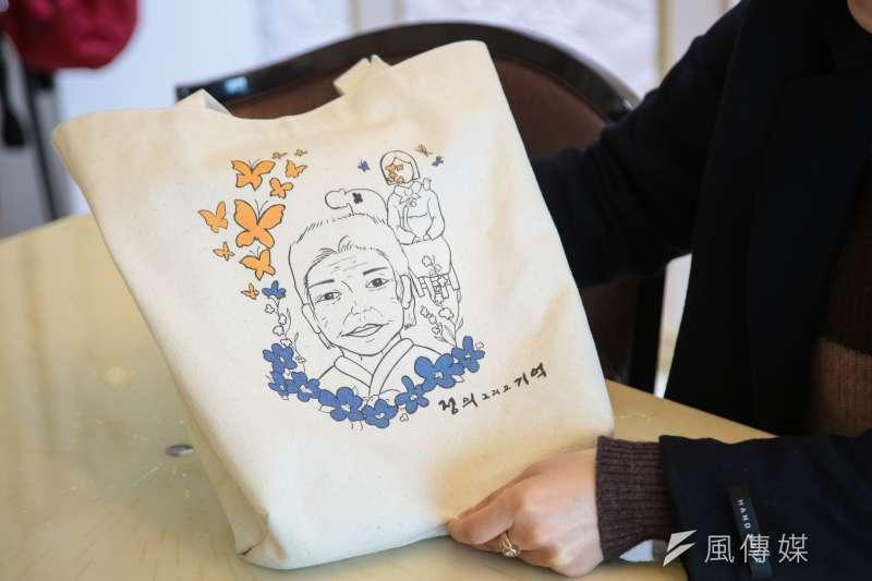 韓國歷史老師講述他們如何教導慰安婦歷史。(顏麟宇攝)