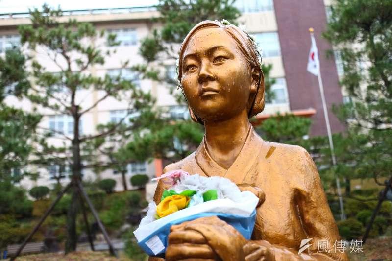 20180305-慰安婦專題,韓國大邱市,大邱女子商業高等學校內和平少女像。(顏麟宇攝)