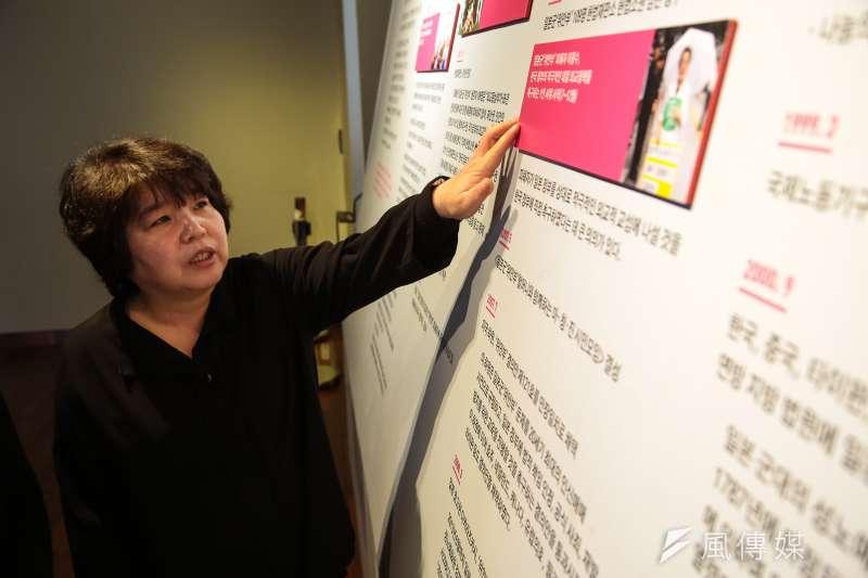 20180305-慰安婦專題,韓國大邱市,慰安婦歷史館長李仁純於館內介紹導覽。(顏麟宇攝)