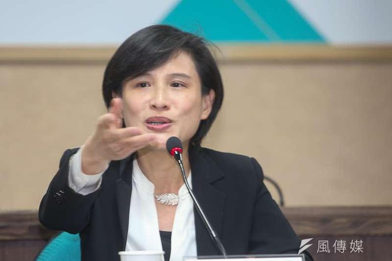 文化部長鄭麗君,出席台研會30週年系列論壇「台灣主體性--從政治、歷史、文化、族群到兩岸關係的回顧與前瞻」。(陳明仁攝)