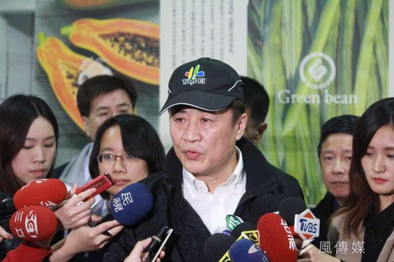 陳景峻說,未來休市不能這麼長,休市引起農民耕作上安排產生混亂、價格低會血本無歸,我們應該感到抱歉。  (方炳超攝)
