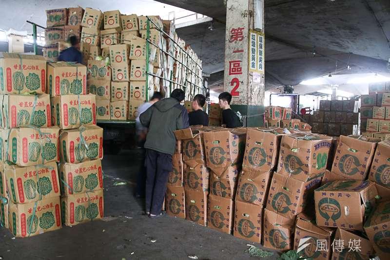 台北農產運銷公司有員工確診新冠肺炎,果菜批發市場零批場營運也受到影響。(圖/資料照)