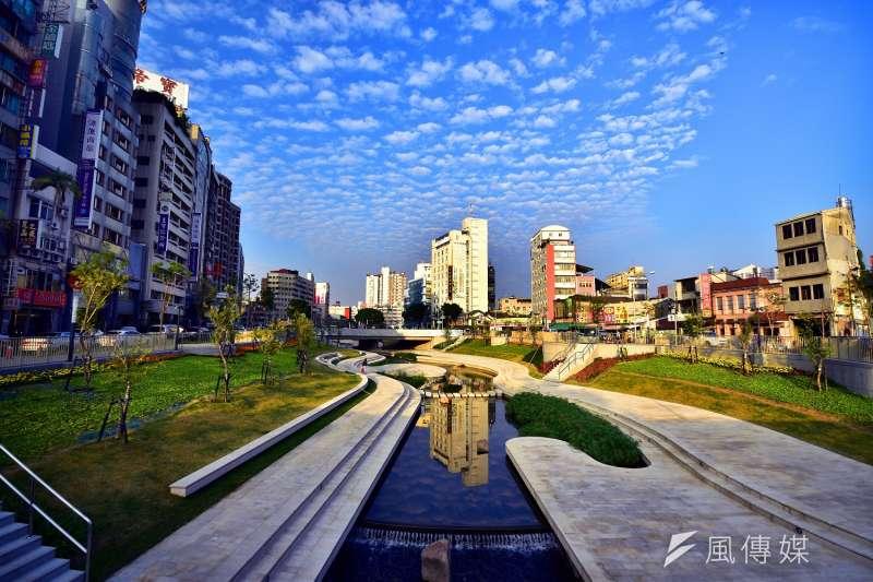 除了近五成民眾認為,台中市在台中市長林佳龍主政下有進步,對於綠、柳川整治,更有66.3%受訪者感到滿意。(圖/曾家祥攝)
