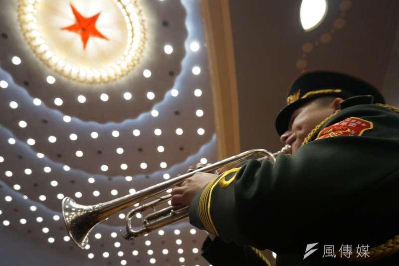 中國惠台措施改變過去對台工作的思維。圖為中國全國政協閉幕,場內樂隊演奏。(王彥喬攝)