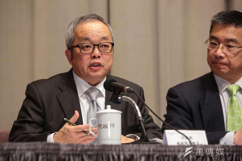 行政院副院長施俊吉16日針對大陸對台31項措施,召開因應對策記者會。(顏麟宇攝)