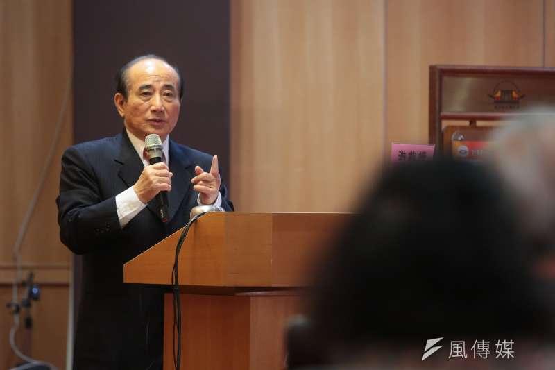 前立法院長王金平17日出席洪鈞培文教基金會舉辦「立法效能,全民效法」專題講座。(顏麟宇攝)