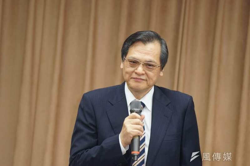針對中國國務院宣布將港澳台符合資格者、將可申請居住證,獲與中國居住者相同的公共服務,我國大陸委員會16日表示,這些是中國持續推動對台統戰措施的一貫做法,並不會影響台灣人民對這塊土地的熱愛與認同。(資料照,盧逸峰攝)