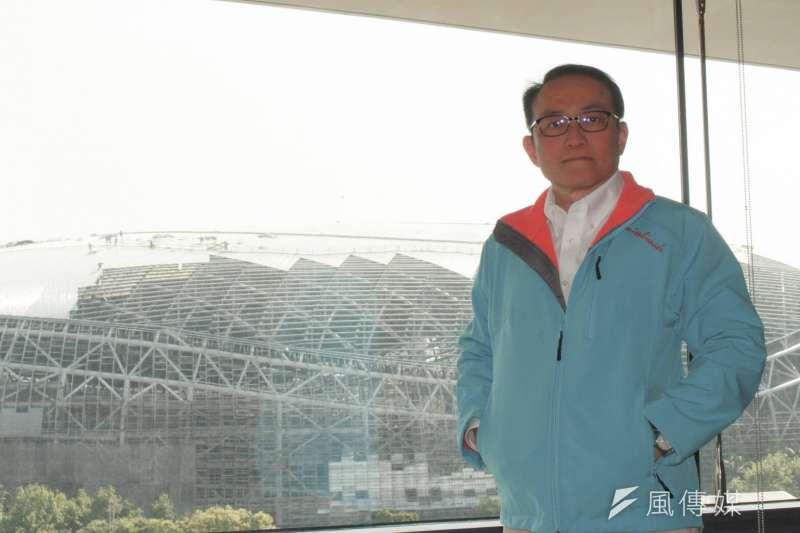 台北市前副市長邱文祥今(24)日下午舉行記者會,正式宣告參選台北市長。(方炳超攝)