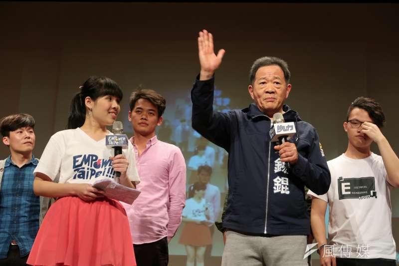 2018-03-25-台大「最狂教授」李錫錕25日正式宣布以無黨籍參選台北市長02。(朱冠諭攝)