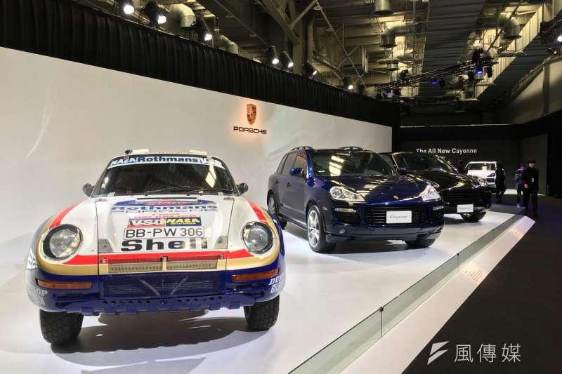 全新第三代 Porsche Cayenne正式在台上市,外觀設計源自 911 跑車基因,其全新底盤設計將跑車、越野車、休旅車三種底盤特性合而為一。(圖/風傳媒攝)