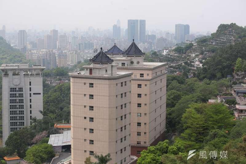 台中市政府今年編列預算,在市內新增1萬多個納骨塔位、櫃位。示意圖,與新聞個案無關。(資料照,顏麟宇攝)