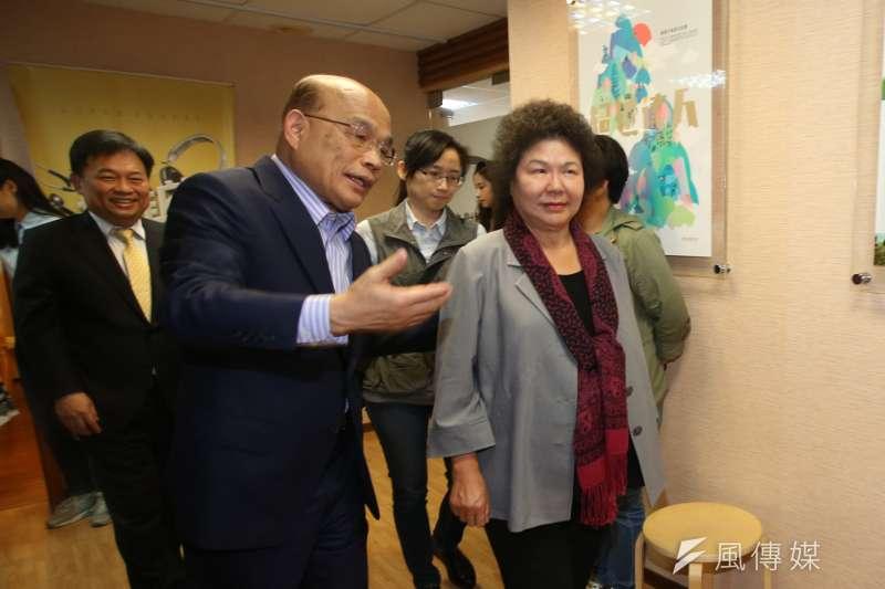 蘇貞昌(左)陣營在年底的新北市長選戰,鎖定由陳菊(右)任總部主委。(資料照,陳明仁攝)