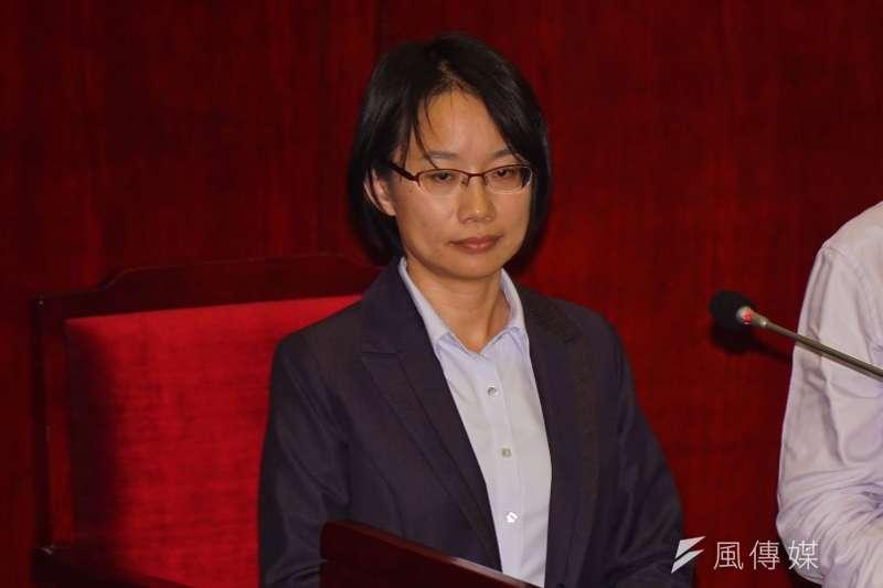 北農總經理吳音寧至市議會備詢。(盧逸峰攝)