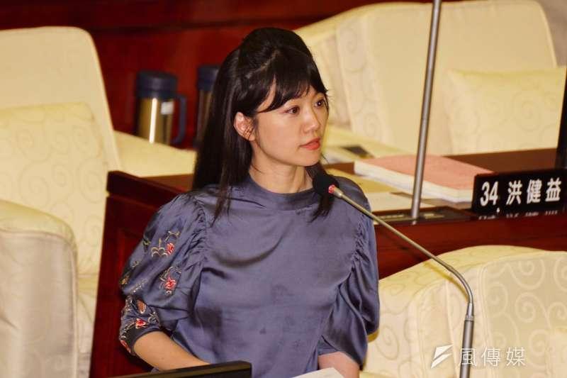民進黨市議員高嘉瑜因為「友柯」色彩,一直受到深綠質疑。(盧逸峰攝)