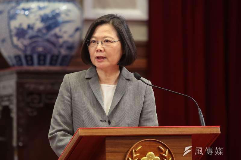 蔡英文總統開啟一個無法造法,有法不依法的斯文掃地的年代,讓台灣民主變蒼白了。(顏麟宇攝)