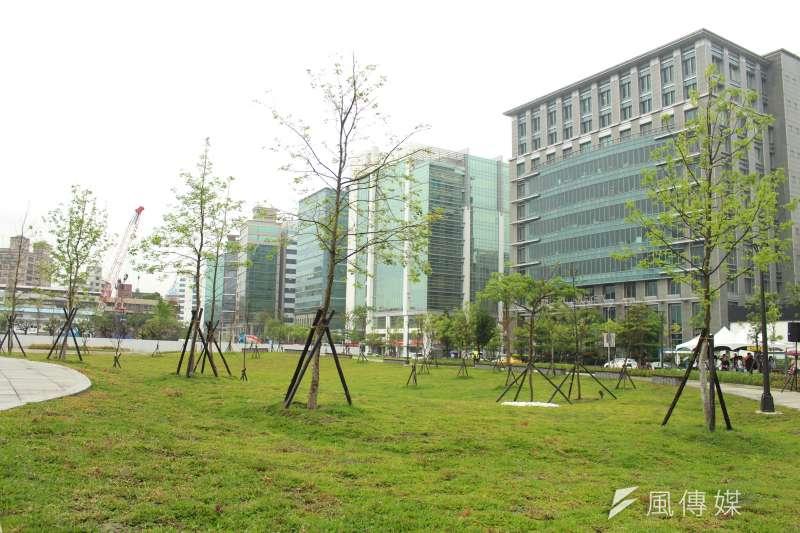 根據房仲調查,台北市民眾最想購屋的區域依次為內湖區、大安區、北投區與文山區。(方炳超攝)