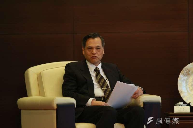 針對中共軍演一事,陸委會主委陳明通不願多談,僅表示兩岸和平非常重要。(資料照,陳韡誌攝)