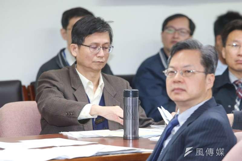 左是環保署副署長詹順貴。(資料照片,陳明仁攝)