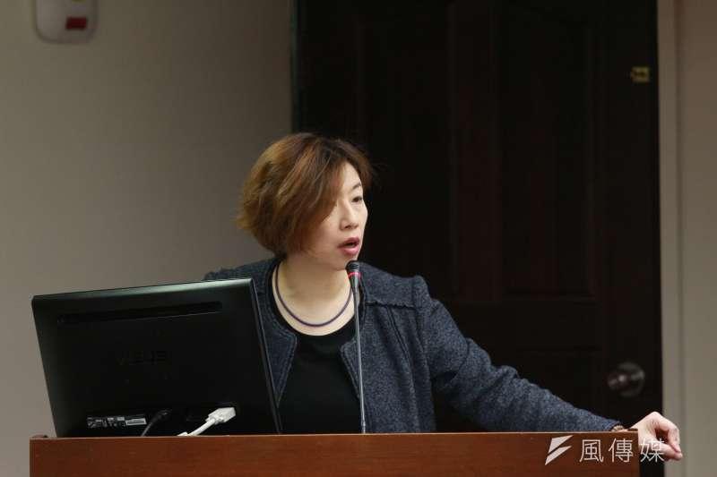 民進黨籍立委林靜儀質疑警察服儀規範中性別不平等的問題。(資料照,陳韡誌攝)