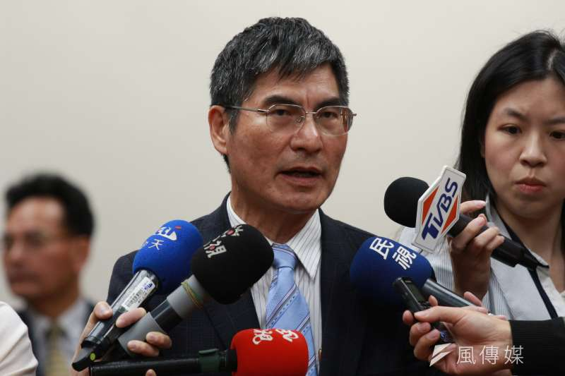 科技部長陳良基18日受訪時表示,自己擔任台大副校長期間,也帶隊赴中8次,但時間都很短,所有簽署的交流協議都是有報教育部核定。(陳韡誌攝)