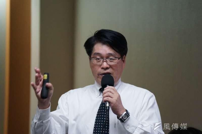 20180423-台灣民意基金會召開「元首出訪,兩岸關係與國防自信」民調記者會,游盈隆出席。(盧逸峰攝)
