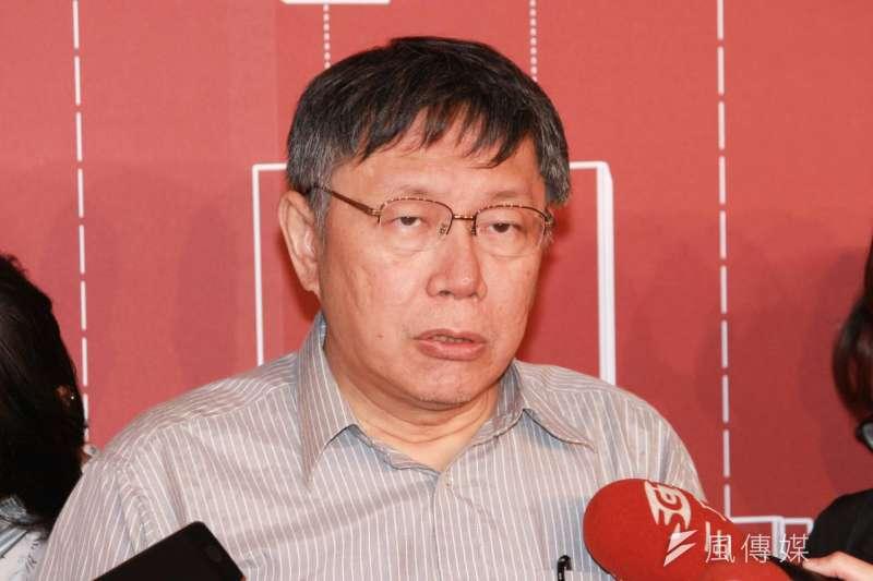 媒體今問到反年改脫序成暴力行為,台北市長柯文哲說,陳情抗議怎麼會去打警察和記者、騷擾兒童醫院?這是頭殼壞去。(方炳超攝)