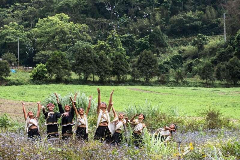 天如專題-攝影師楊文逸免費幫助偏鄉孩子義拍。(楊文逸提供)