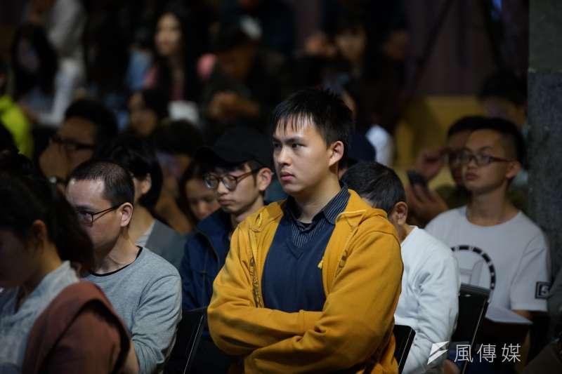20180428-思沙龍,龍應台文化基金會邀請日本作家劉燕子,以「日本:1968的思想與行動探索」為題進行演說,吸引許多觀眾。(盧逸峰攝)