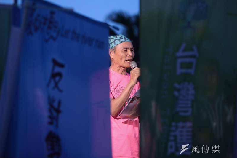 20180428-搶救大潭藻礁行動聯盟召集人潘忠政28日出席428藻礁音樂會。(顏麟宇攝)