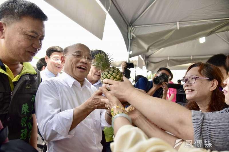 民進黨新北市長參選人蘇貞昌上午出席「屏東『落山風』洋蔥前進新北市記者會。(蘇貞昌辦公室提供)