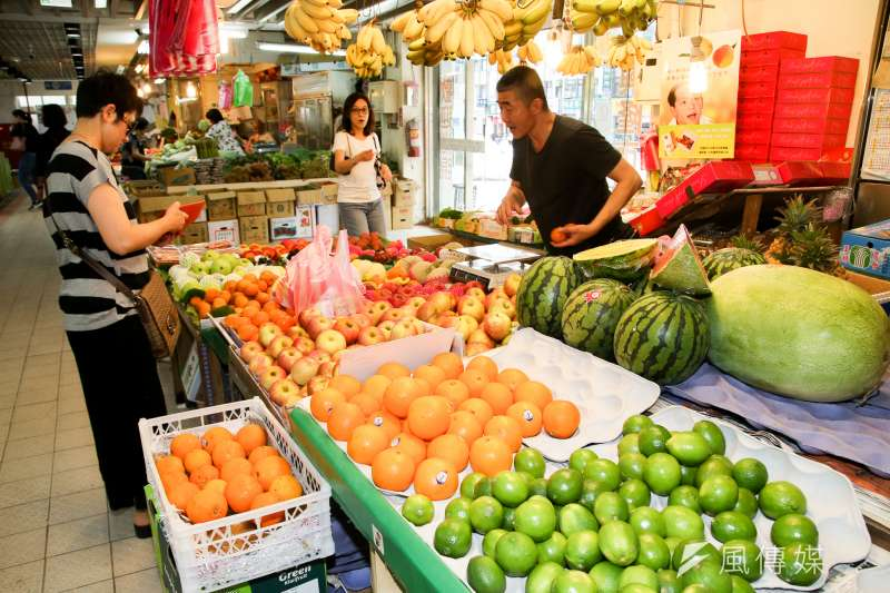 20180508-菜市場,攤位,魚肉,果菜,雜貨即景,興隆市場。(陳明仁攝)