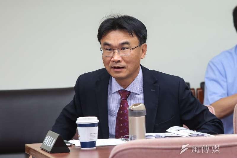 農委會副主委陳吉仲說,自我要求比長官還高,否則不敢在這位子上。(資料照,顏麟宇攝)