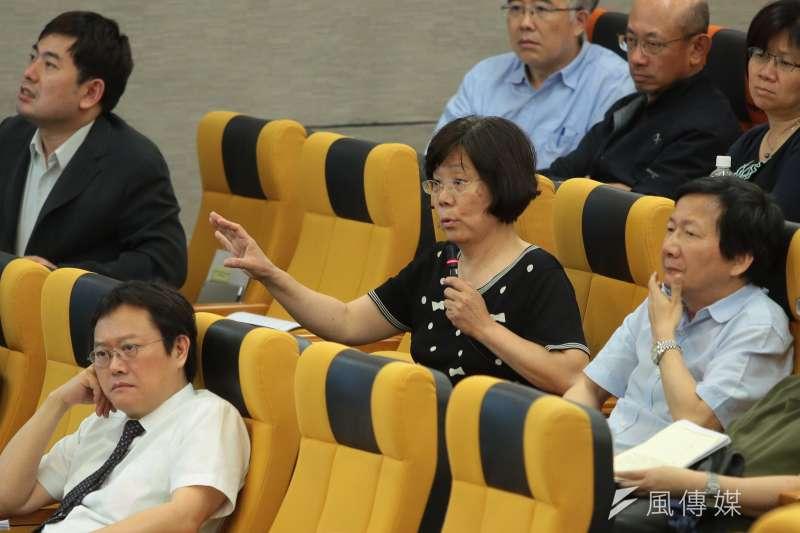 20180512-台大教授鄭秀玲12日出席台大臨時校務會議。(顏麟宇攝)