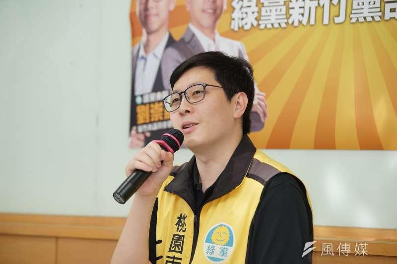 高雄市長韓國瑜近來遭爆料有婚外情,桃園市議員王浩宇上月31日在臉書發文,聲稱自己看過與「王小姐」數百張照片,並留有備份。(資料照,取自王浩宇臉書)。(資料照,盧逸峰攝)