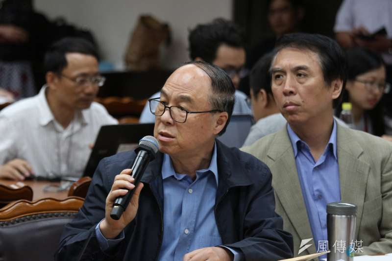 立法委員蔣乃辛說,民代工作一晃眼已經38年,「衷心感激這些年來民眾鄉親的支持與肯定,然而該交棒的時候就該交棒了」。(資料照,陳韡誌攝)