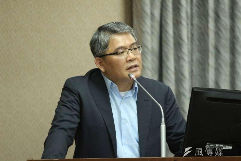 內政部次長花敬群針對選罷法進行說明。(資料照片,陳韡誌攝)