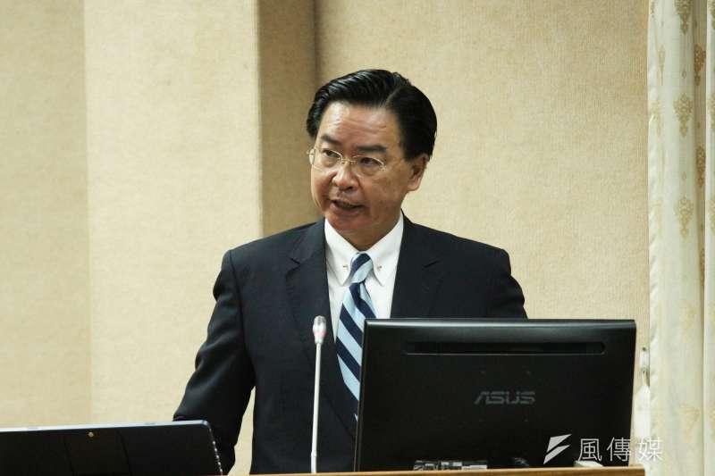 外交部長吳釗燮回應<誰殺了我們的外交官?>一文,直言盼外界不要消費不幸事件,不想看到有人操作對立。(資料照,陳韡誌攝)