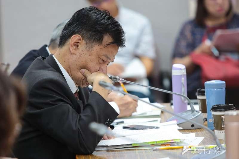 20180530-法務部長邱太三30日出席司法法制委員會備詢。(顏麟宇攝)