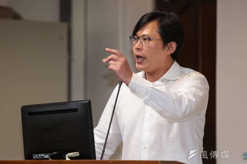 20180531-時代力量立委黃國昌31日於經濟委員會質詢。(顏麟宇攝)