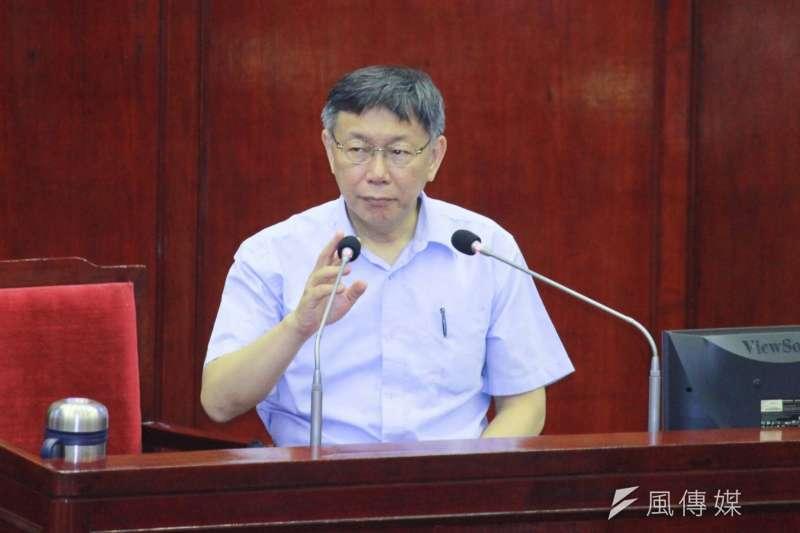 台北市長柯文哲31日出席台北市議會總質詢。(方炳超攝)