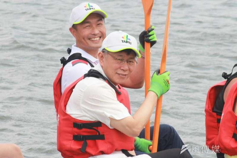 端午節將至,台北市長柯文哲自洲美啟程,前往大佳河濱公園龍舟碼頭祭江。(方炳超攝)