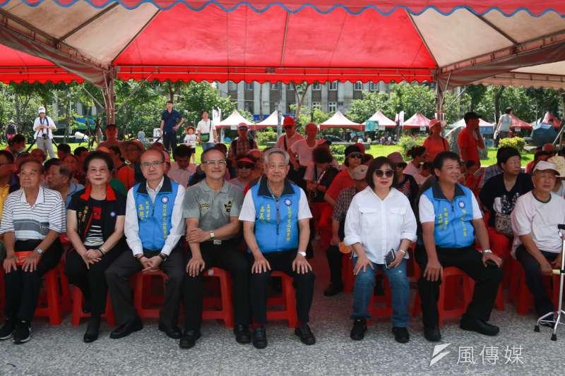 今(9)日上午國民黨員出席台北市文山區第一季、第二季黨員慶生會暨親子園遊會。(簡必丞攝)