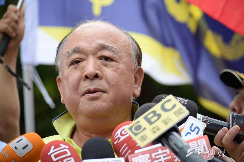 20180611-吳斯懷接受媒體採訪。(甘岱民攝)