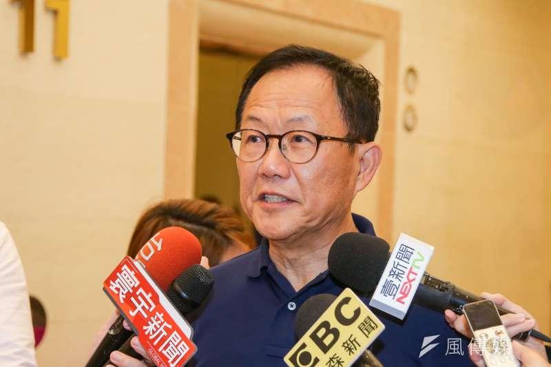 國民黨台北市長參選人丁守中(圖)表示,吳音寧當初出任北農總經理,就是民進黨與柯文哲間的利益交換。(陳明仁攝)